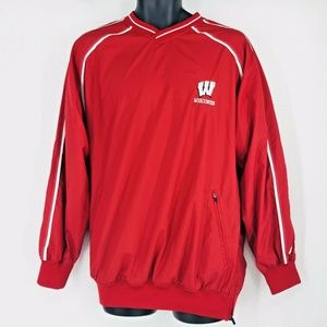 Wisconsin Badgers TEAM ISSUE Russell Pullover